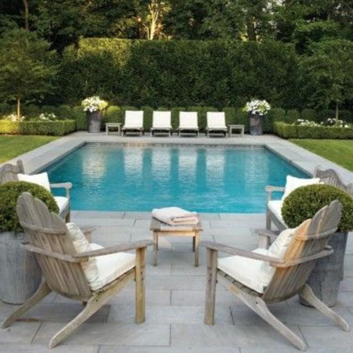 67-entretenir pelouse autour d'une piscine