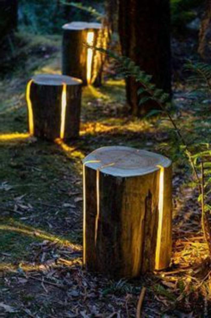 81-Statue jardin en bois