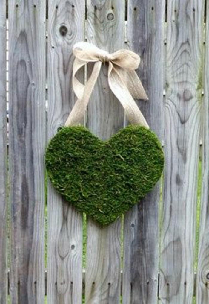 86-gazon entretien petit coeur vert