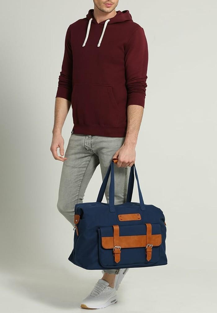 adorable-accessoire-voyage-zalando-navy-bleu-mode-homme-sac-pour-homme-resized