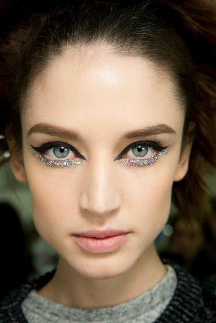 adorable-fille-maquillage-de-nouvel-an-make-up-soirée-