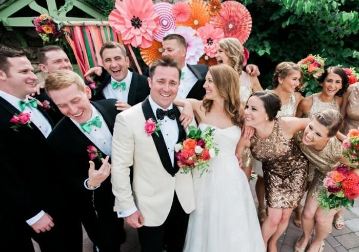 adorable-photo-mariage-avoir-la-classe-costume-homme-mariage-amusements-avec-les-invités