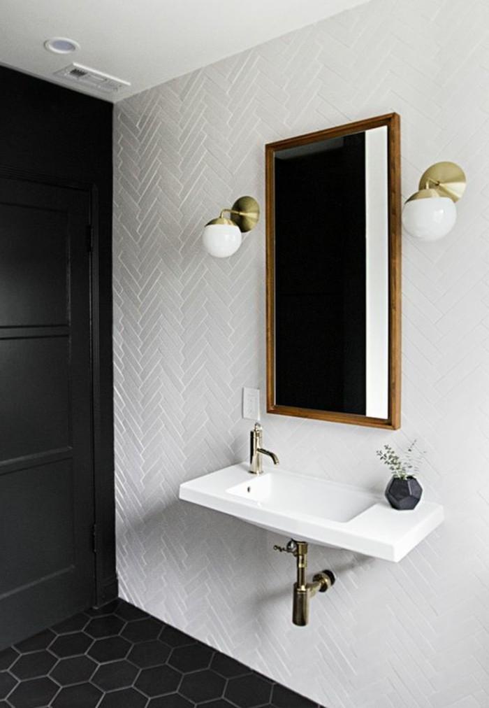 Comment choisir le luminaire pour salle de bain - Salle de bain en noir et blanc ...