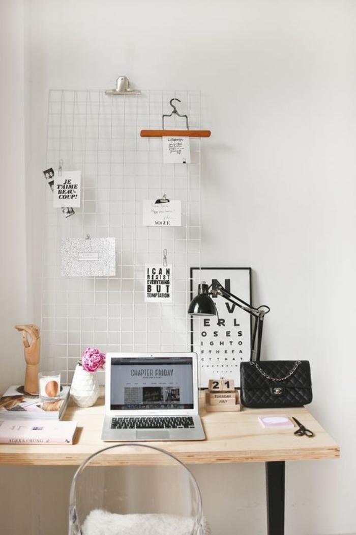 bureau-design-avec-déco-originale-bureau-en-bois-et-fer