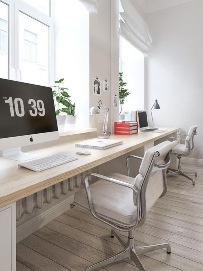 Bureau Design Bois Clair : bureau-design-bureau-flottant-bois-clair-le-long-du-mur