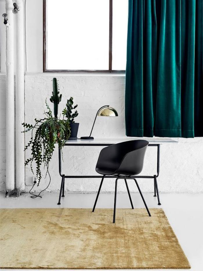 bureau-design-petit-bureau-design-contemporain-tapis-beige