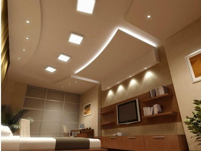 chambre-a-coucher-faux-plafond-led-decoration-en-dalles-led-chambre-a-coucher-en-beige