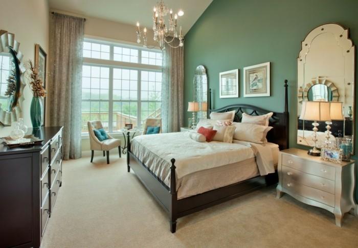 chambre-vintage-idée-déco-vintage-idée-papier-peint-chambre-adulte-déco-chambre-pas-cher-lustre-vintage-lit-en-bois