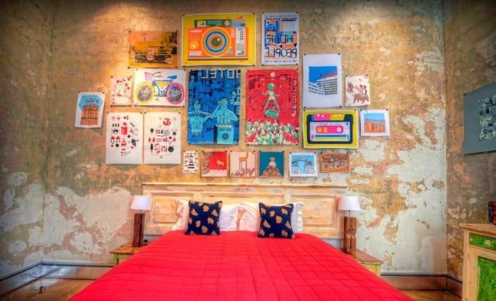 chambre-vintage-jolie-déco-chambre-vintage-posters-affiches-vintage-belle-déco-murale-style-vinatge-industriel