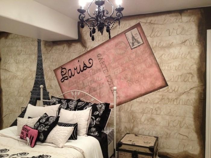 chambre-vintage-originale-idée-papier-peint-chambre-inspiration-parisienne