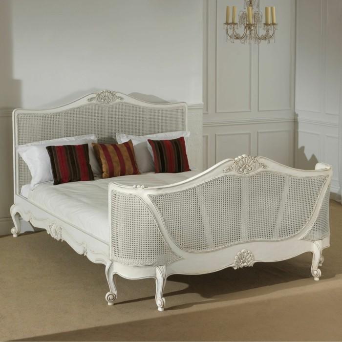 chambre-vintage- style-vintage-simple-déco-chambre-pas-cher-idées-vintage-chambre-adulte-décor-vintage-en-blanc