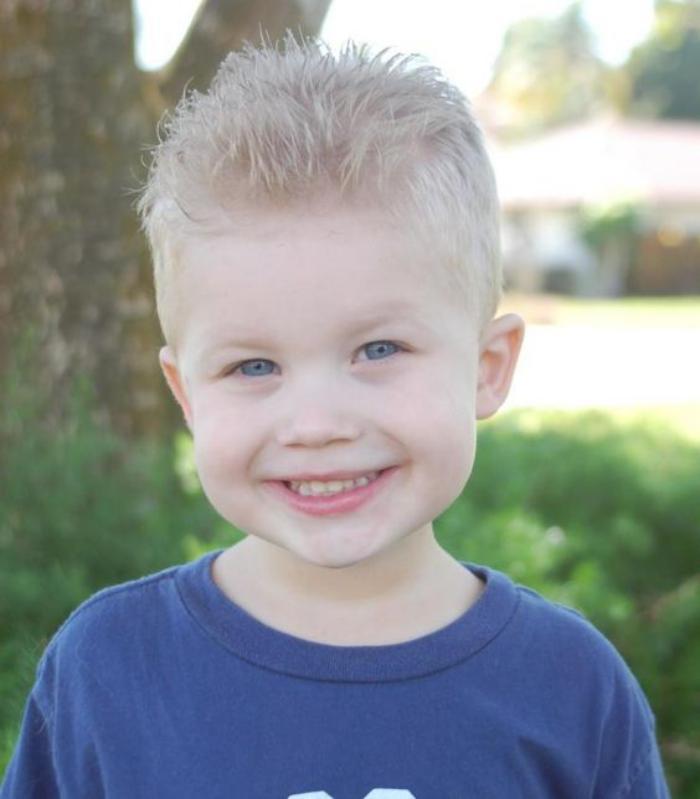 coiffures-pour-enfants-coupe-courte-petit-garçon