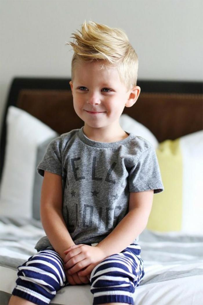 coiffures-pour-enfants-idée-coiffure-garçon-moderne