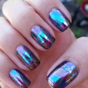 La déco nail art holographique en 62 images inspiratrices
