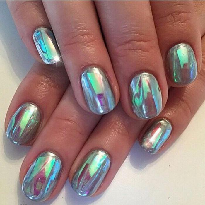 déco-nail-art-deco-ongles-avec-foils-et-vernis