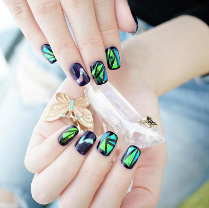 La déco nail art holographique en 62 images inspiratrices ...