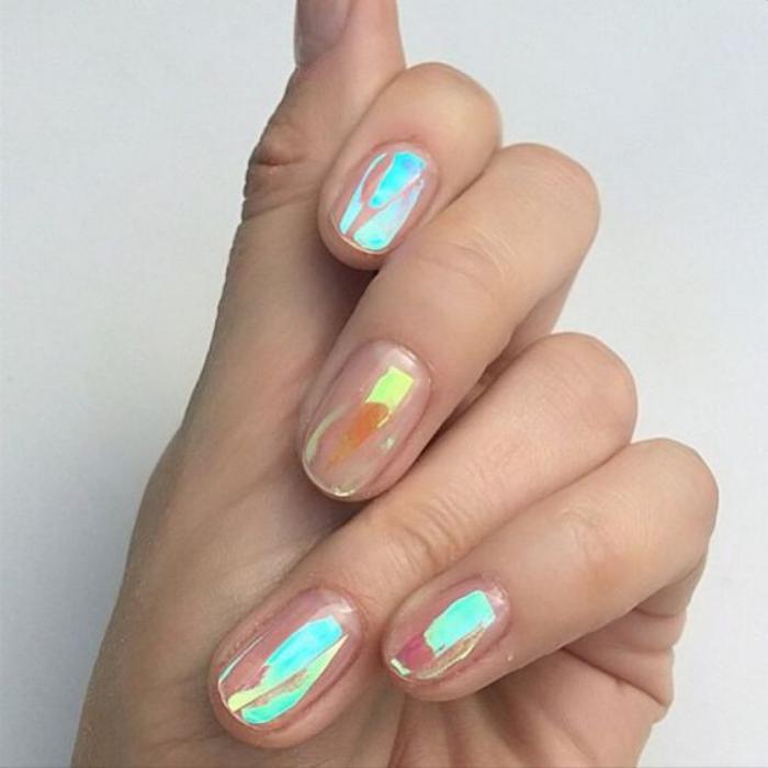 déco-nail-art-foils-holographiques-pour-ongles