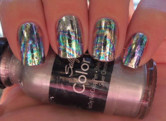déco-nail-art-quelle-couleur-pour-vos-ongles-foil-nail-art