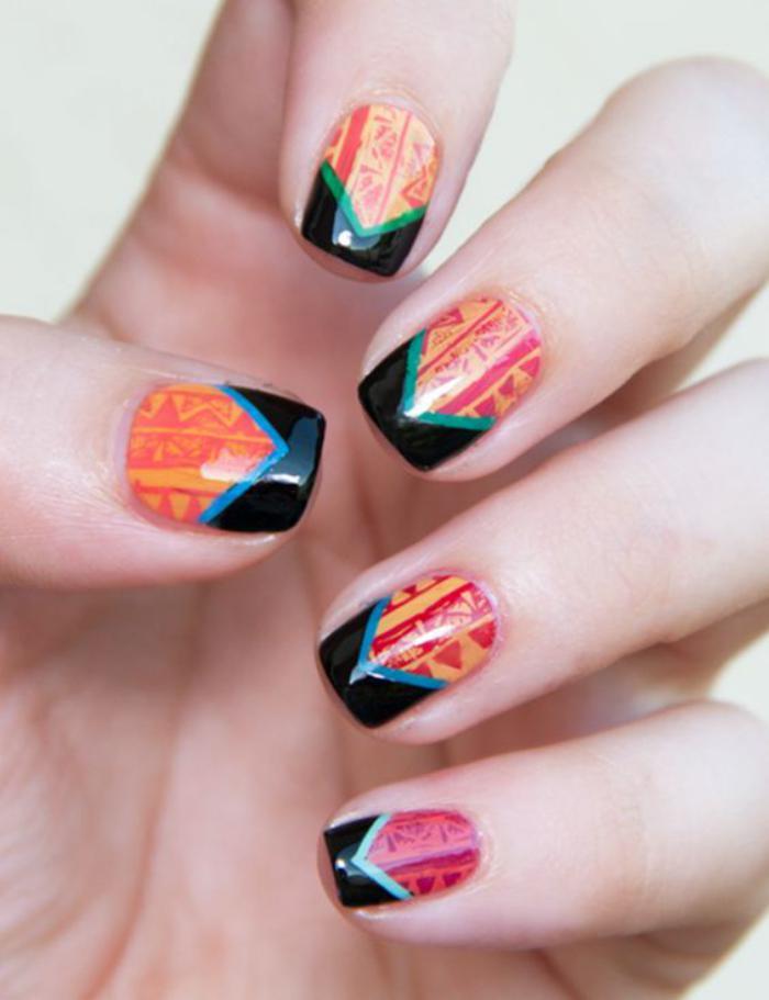 déco-ongles-design-cool-nail-art-plusieurs-couleurs