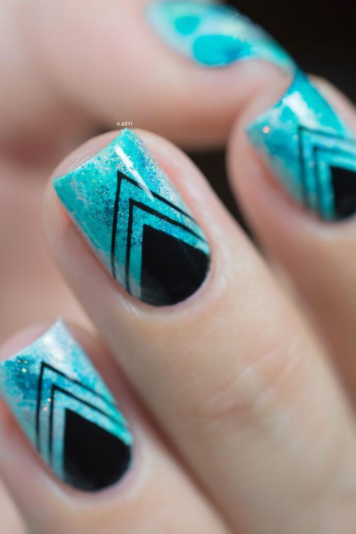 déco-ongles-design-ongles-déco-noir-et-bleu