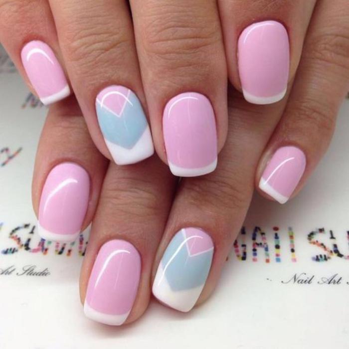 déco-ongles-french-manucure-été-manucure-rose-et-bleue