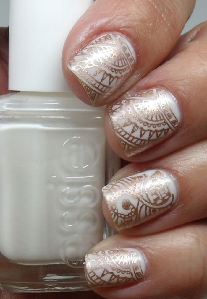 déco-ongles-henné-pour-ongles-super-tendance