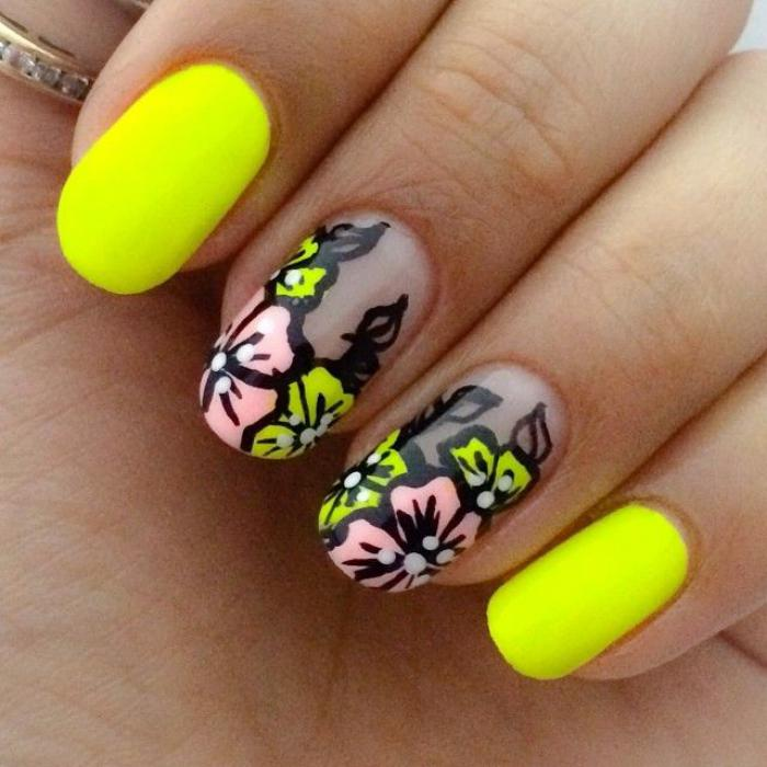 déco-ongles-idée-deco-art-nail-floral