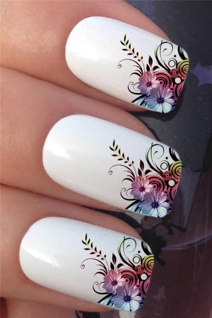 Trouvez votre prochaine d co ongles originale avec - Deco printempsidees avec fleurs et motif floral ...