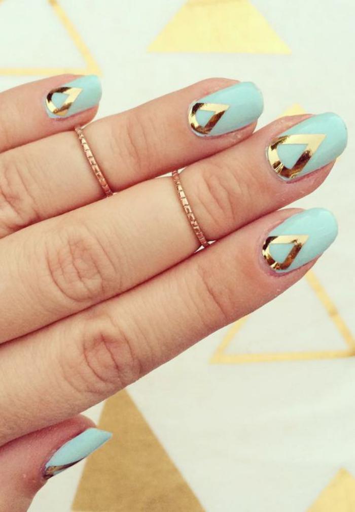 déco-ongles-originale-nail-art-avec-stickers