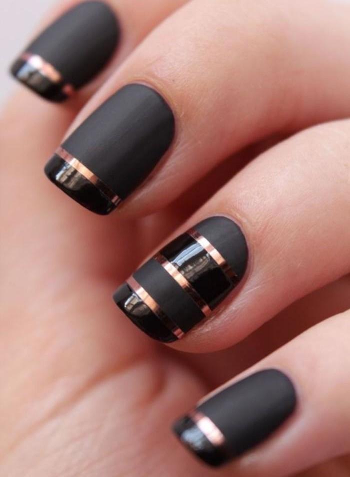 déco-ongles-originale-stickers-d'ongles-lignes-dorées