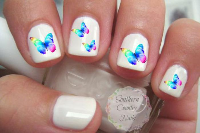 déco-ongles-originale-stickers-ongles-papillons