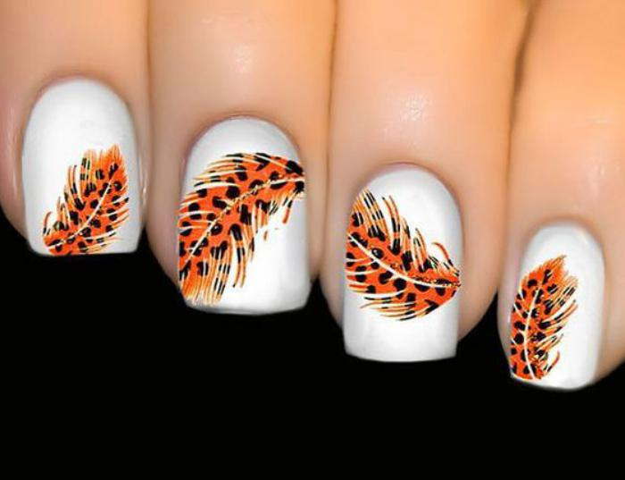 déco-ongles-originale-stickers-ongles-plumes-léopard