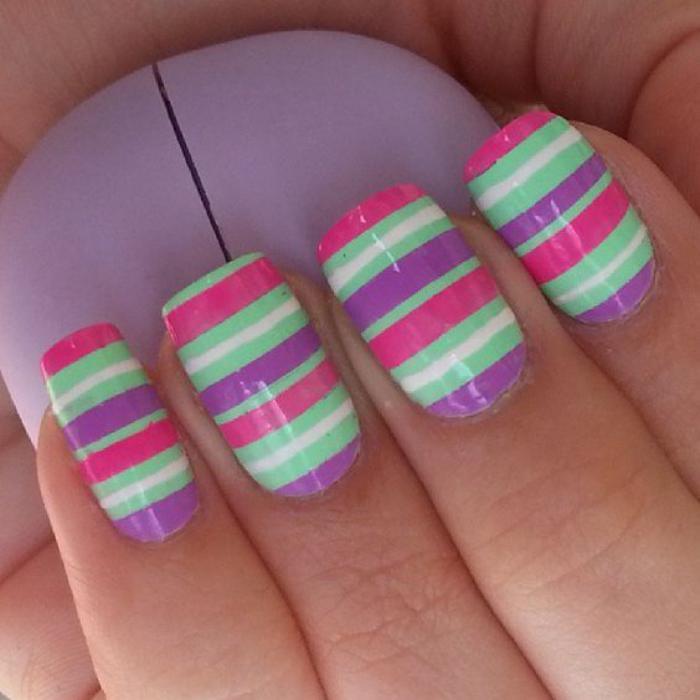 déco-ongles-super-gaie-en-couleurs-joyeuses