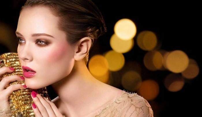 d-idée-maquillage-noel-maquillage-de-fetes-humeur-belle