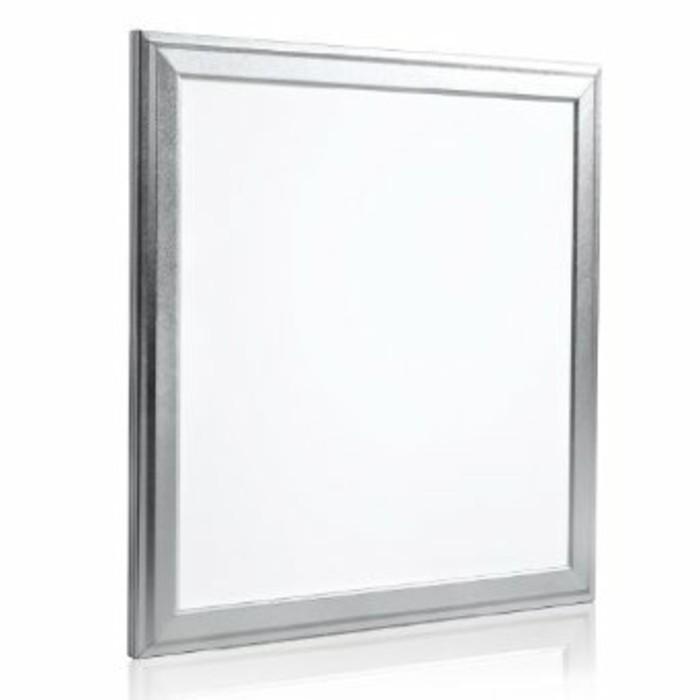 dalle-led-encastrable-plafond-idees-deco-avec-dalles-led-luminaire-led-plafond-pas-cher
