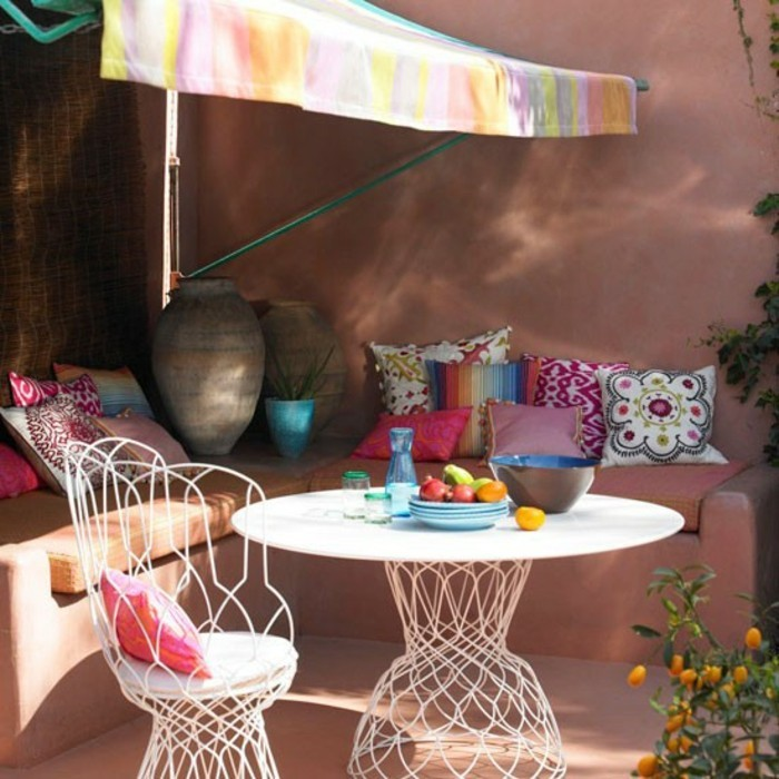 deco-boheme-chic-outdoor-meubles-blancs-resized