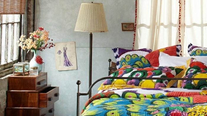 deco-boheme-chic-papillons-fleurs-et-coussins-resized