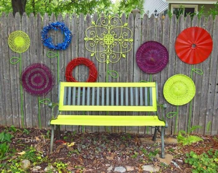 deco-boheme-chic-pour-le-jardin-banc-en-vert-neon-resized