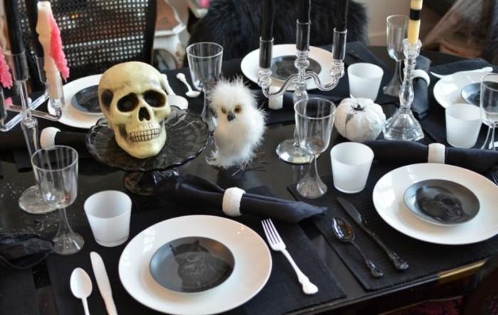 decoration-de-table-pour-halloween-deco-table-halloween-chemin-de-table-noel