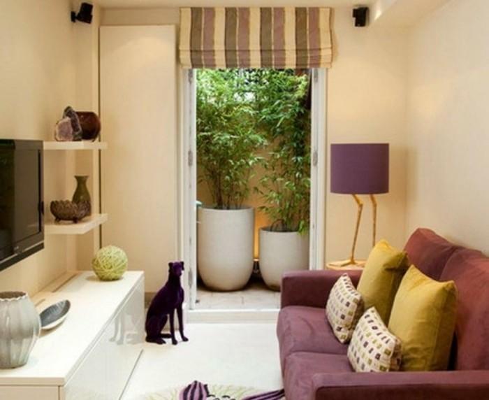 idée-déco-petit-salon-aménager-petit-salon-espace-restreint-sofa-grand-guéridon-meuble-TV