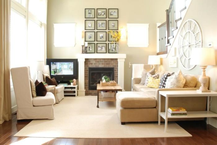 idée-déco-petit-salon-aménager-un-petit-salon-cheminée-canapé-et-fauteuils-blancs-lampe-de-table
