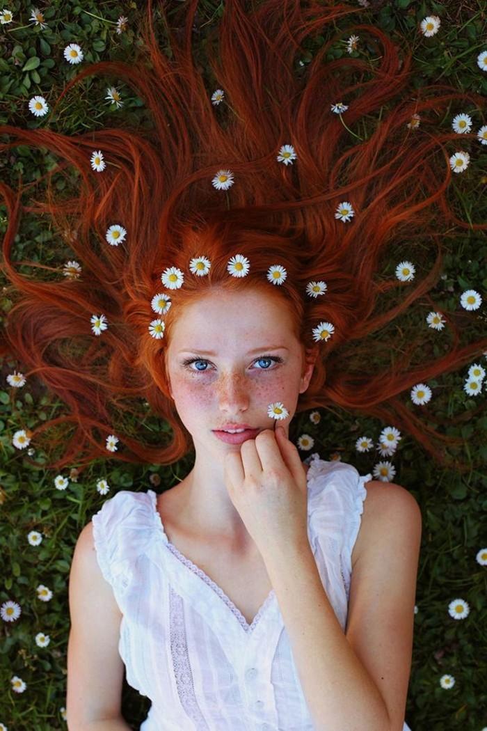 idée-quelle-couleur-cheveux-brun-rouge-peleuse