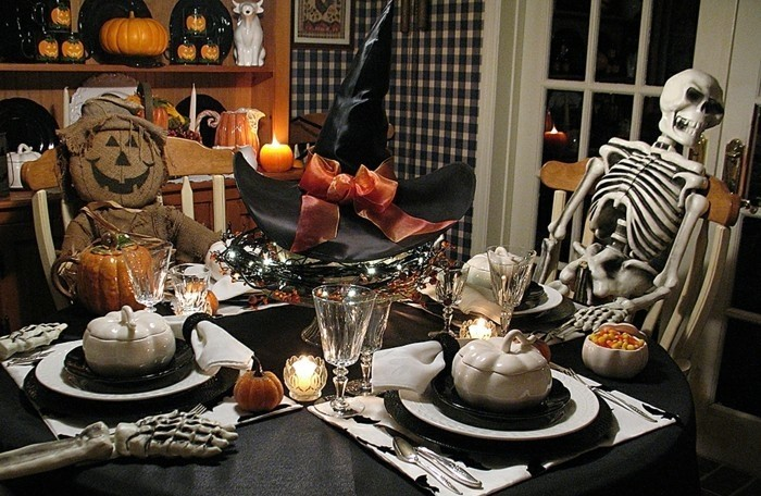 Deco halloween maison porche idees accueil design et for Deco maison halloween