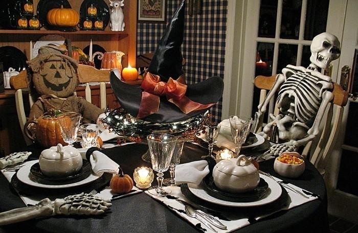 idee-deco-table-déco-halloween-maison