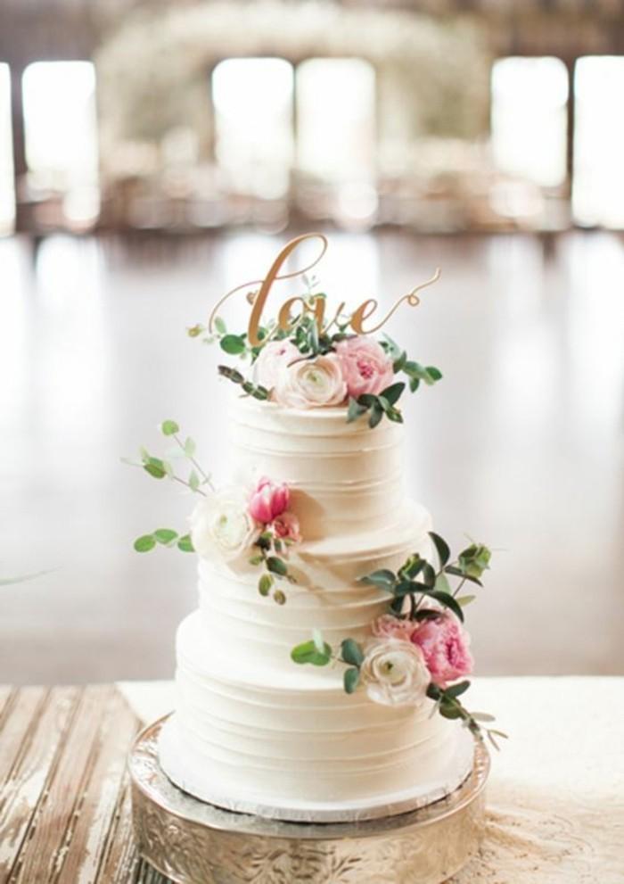 image-pièce-montée-mariage-choux-personnalisé-fleurs