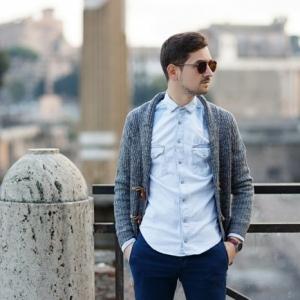 Comment porter chemise en jeans homme?