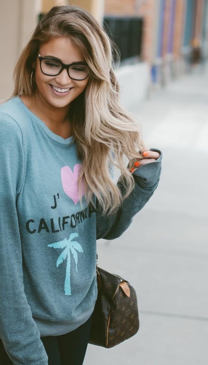 jolie-couleur-de-cheveux-miel-balayage-naturel-idee