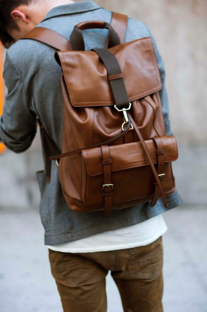 le-sac-à-dos-homme-besace-cuir-homme-chic-brun-claire