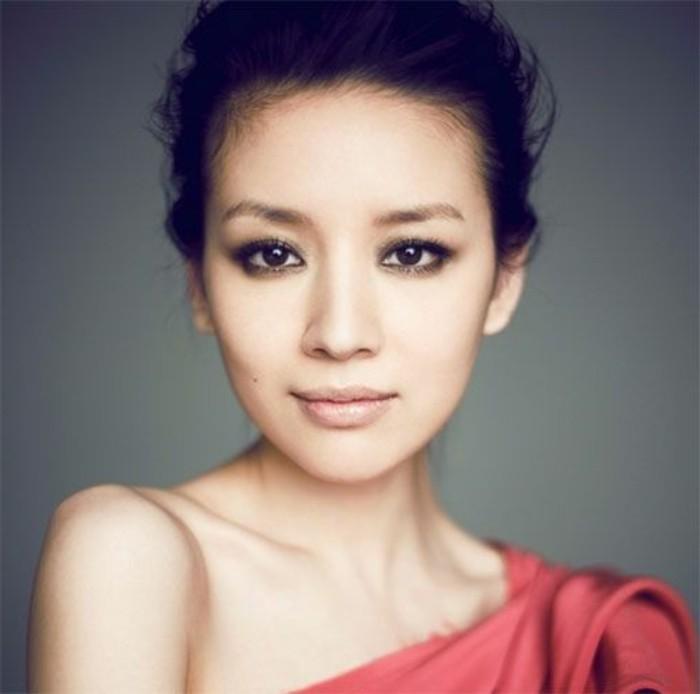 maquillage-smokey-eyes-asiatiques-tuto-comment-maquiller-les-yeux-bridés