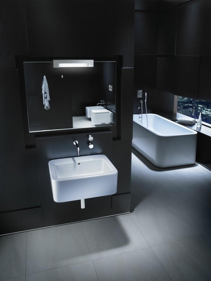 salle de bain noire et blanche roca mirori éclairant salle de bain